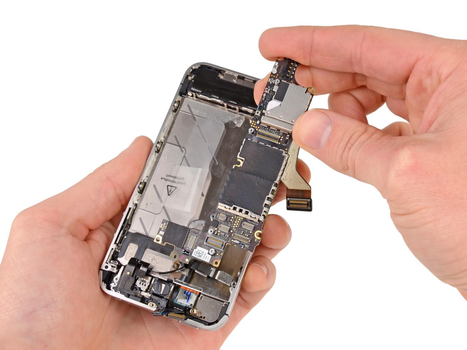 Thay IC wifi iPhone 4