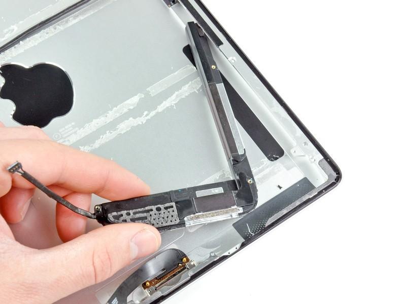 Sửa lỗi loa ngoài - Thay loa ngoài iPad 3