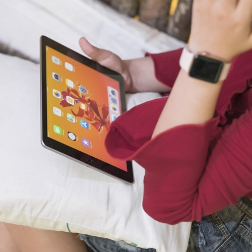 Apple iPad 9.7 4G 128 GB | CellphoneS.com.vn-4