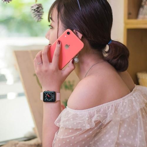 Apple iPhone XR 256GB-2
