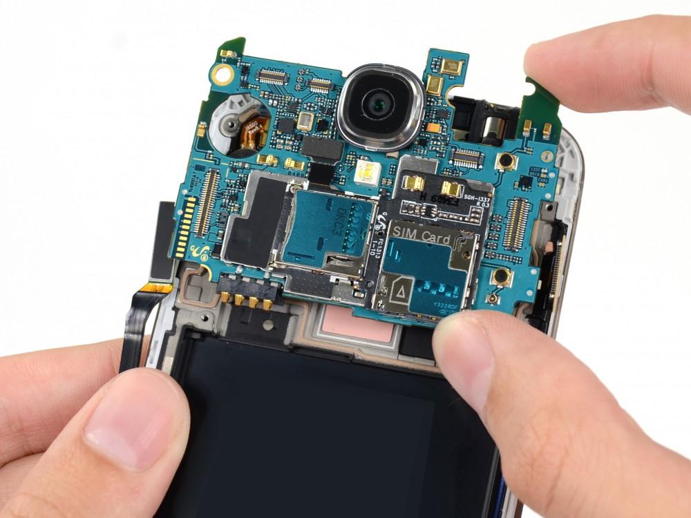 Sửa lỗi tai nghe - Thay jack tai nghe Galaxy J - CellphoneS-0
