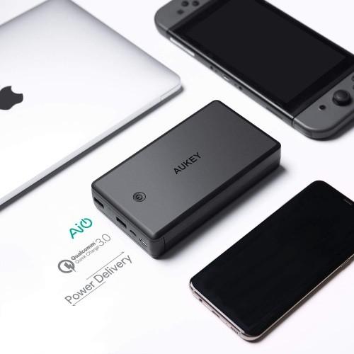 AUKEY PB-Y7 30000 mAh USB-C Quick Charge 3.0 | CellphoneS.com.vn-2
