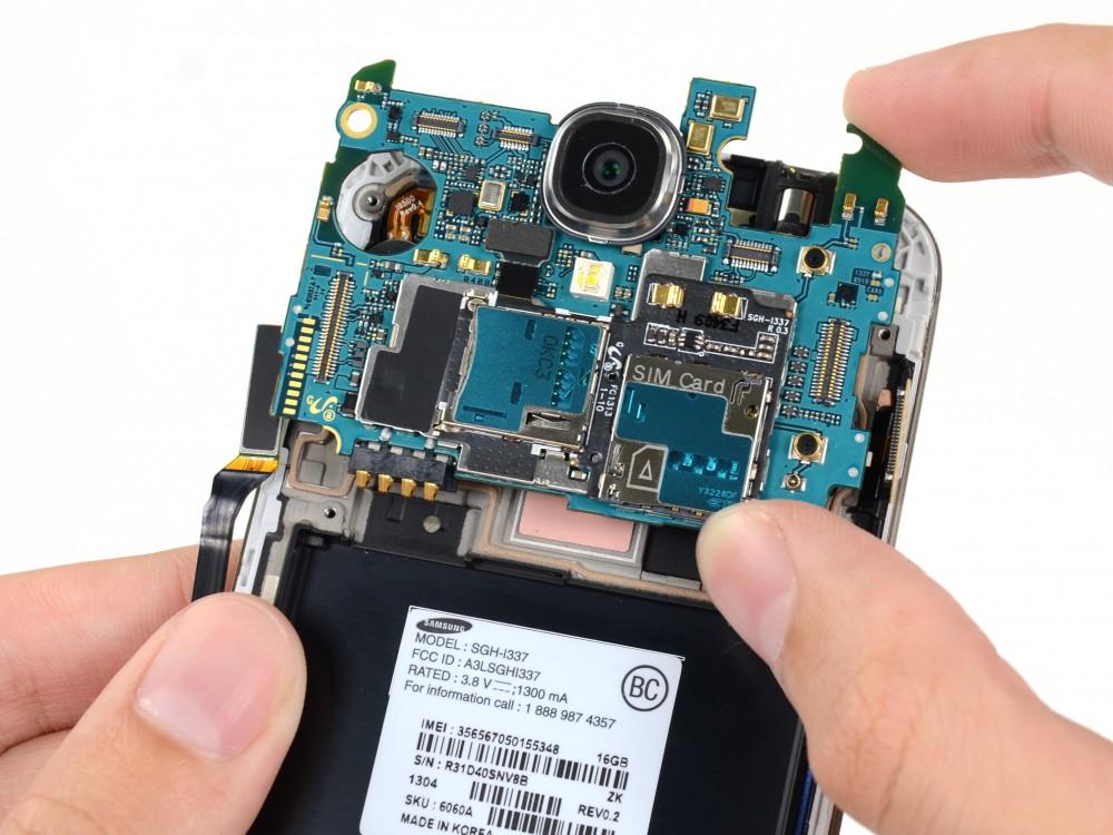 Sửa lỗi tai nghe - Thay jack tai nghe Galaxy S4 - CellphoneS-0