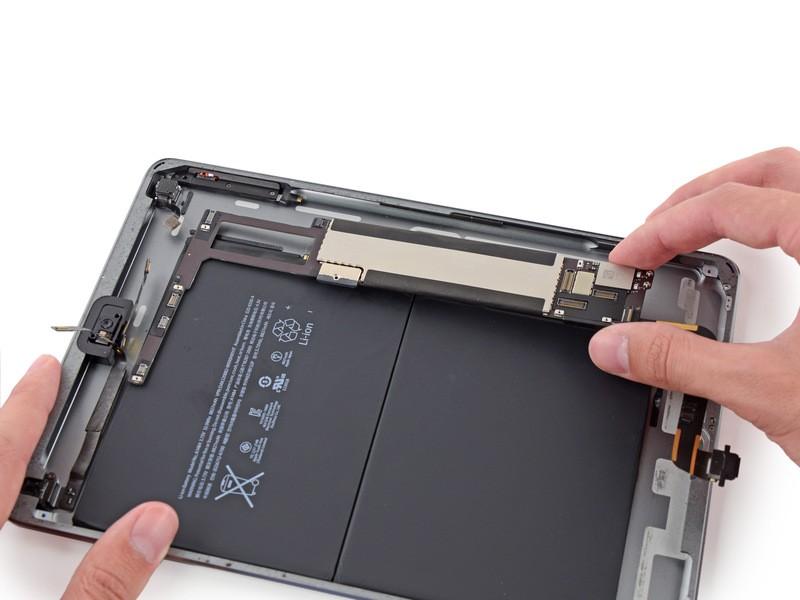 Sửa lỗi loa, mic - Thay ic audio iPad Air