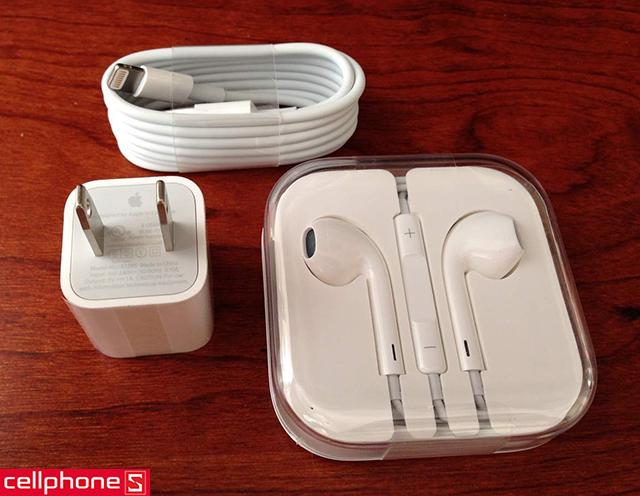Combo sạc iPhone, cáp Lightning, tai nghe EarPods (Foxconn)