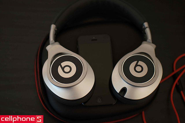 Tai nghe Beats by Dr. Dre Beats Executive
