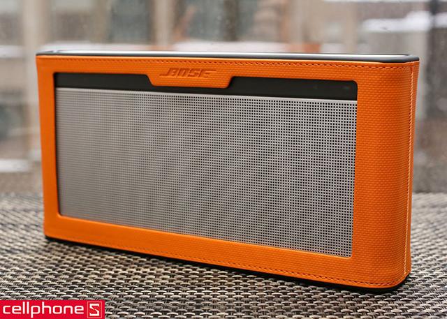 Loa di động Bose SoundLink III