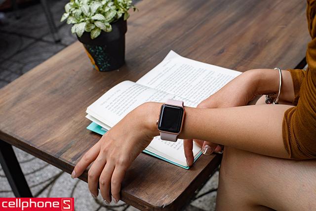 Đồng hồ thông minh Apple Watch Series 3 38 mm Space Gray Aluminum Case với Gray Sport Band MR352 (GPS)