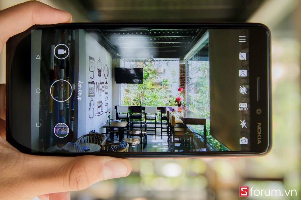 Sforum - Trang thông tin công nghệ mới nhất IMG_1743-960x640 Trên tay Nokia 6 2018: Snapdragon 630, chạy Android One mượt mà, camera Zeiss, giá 5.99 triệu đồng