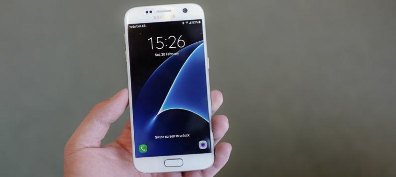 Sforum - Trang thông tin công nghệ mới nhất 21 Galaxy S10 sẽ có phiên bản nhỏ gọn với màn hình 5 inch?