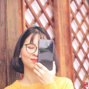 Sforum - Trang thông tin công nghệ mới nhất IMG_3352-300x300 Đánh giá Galaxy J6+: Thiết kế sang trọng, vân tay cạnh bên, camera kép xóa phông