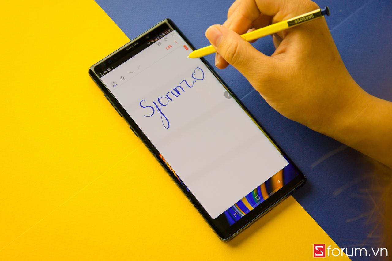 Sforum - Trang thông tin công nghệ mới nhất IMG_6001 Galaxy Note 10 sẽ sở hữu màn hình lớn nhất từ trước đến nay trên dòng Note