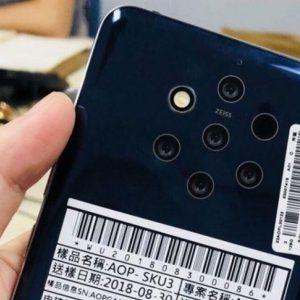 Sforum - Trang thông tin công nghệ mới nhất Case-renders-for-the-Nokia-9-PureView-feature-cut-outs-for-the-rumored-penta-camera-setup-1-300x300 Nokia 9 PureView bị hoãn ngày ra mắt
