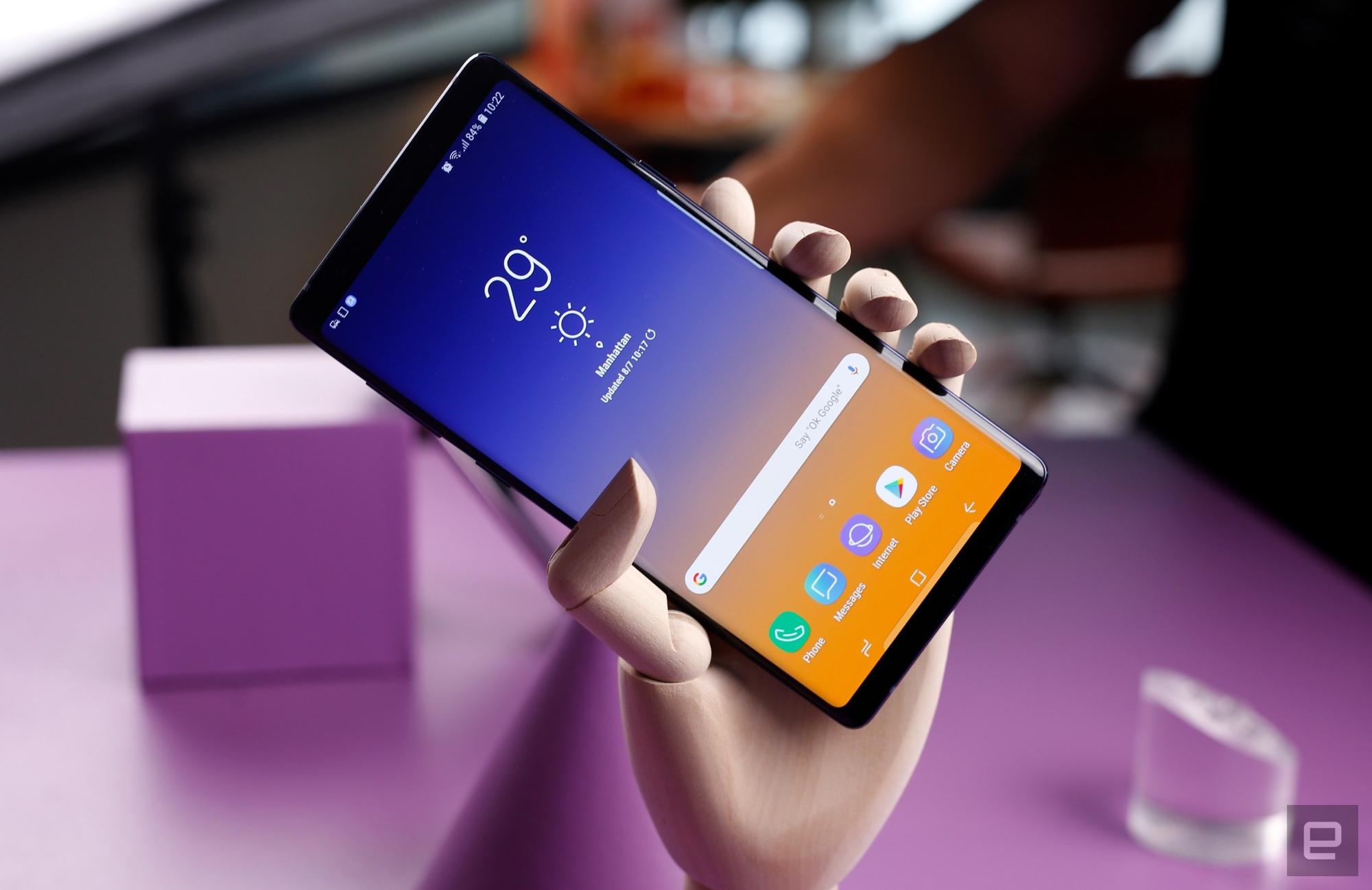 Sforum - Trang thông tin công nghệ mới nhất mg-6408-1 Galaxy Note 10 sẽ sở hữu màn hình lớn nhất từ trước đến nay trên dòng Note