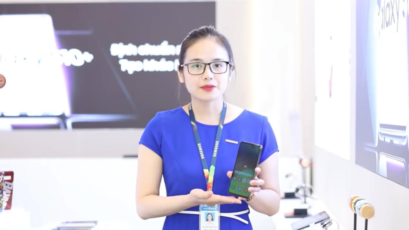 Sforum - Trang thông tin công nghệ mới nhất Galaxy-A80-sap-len-ke-Viet-Nam-1 Lộ bằng chứng cho thấy Galaxy A80 với hệ thống camera trượt xoay sắp sửa lên kệ thị trường Việt Nam