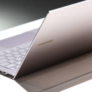 Sforum - Trang thông tin công nghệ mới nhất galaxy-book-s-1-300x300 Những ưu điểm khiến Galaxy Book S là laptop Samsung hấp dẫn nhất 2019