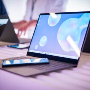 Sforum - Trang thông tin công nghệ mới nhất image-1-300x300 Galaxy Book S chính là chiếc laptop đáng sở hữu nhất của Samsung
