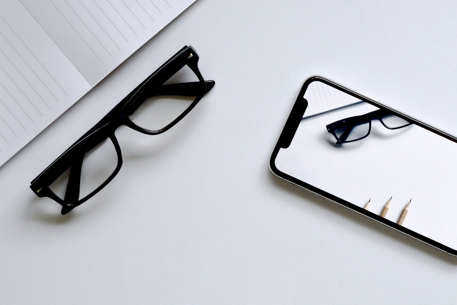 Sforum - Trang thông tin công nghệ mới nhất Apple-employees-learn-about-two-exciting-new-products-reportedly-coming-in-2022-2023 Apple đang ấp ủ một tham vọng lớn: Kính AR rồi sẽ thay thế iPhone