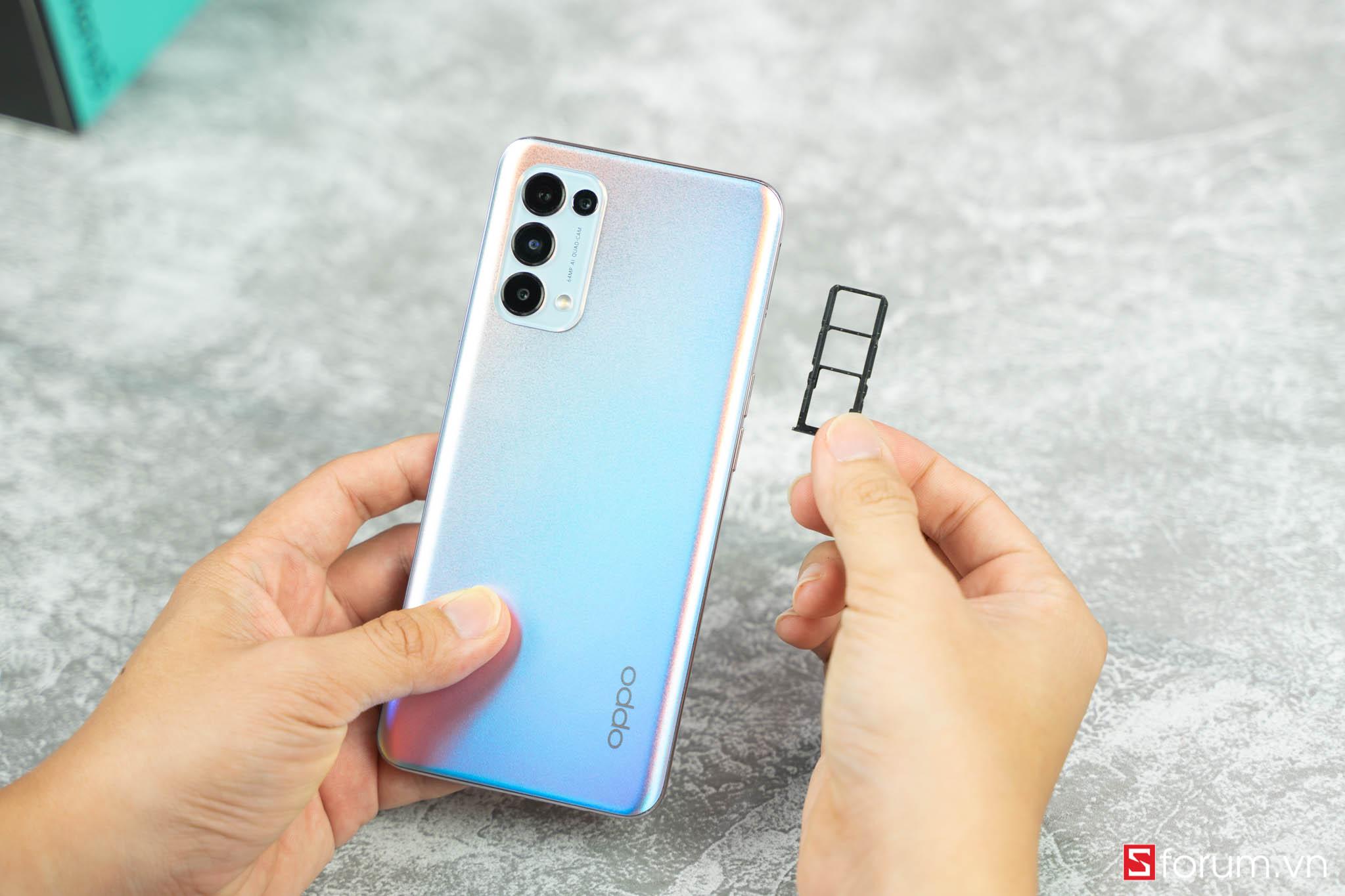 Sforum - Trang thông tin công nghệ mới nhất OPPO-reno-5-tren-tay-1-1 OPPO Reno5 về nhiều hàng tại CellphoneS, ngày cuối để đặt trước nhận ngay quà tặng hấp dẫn!!!