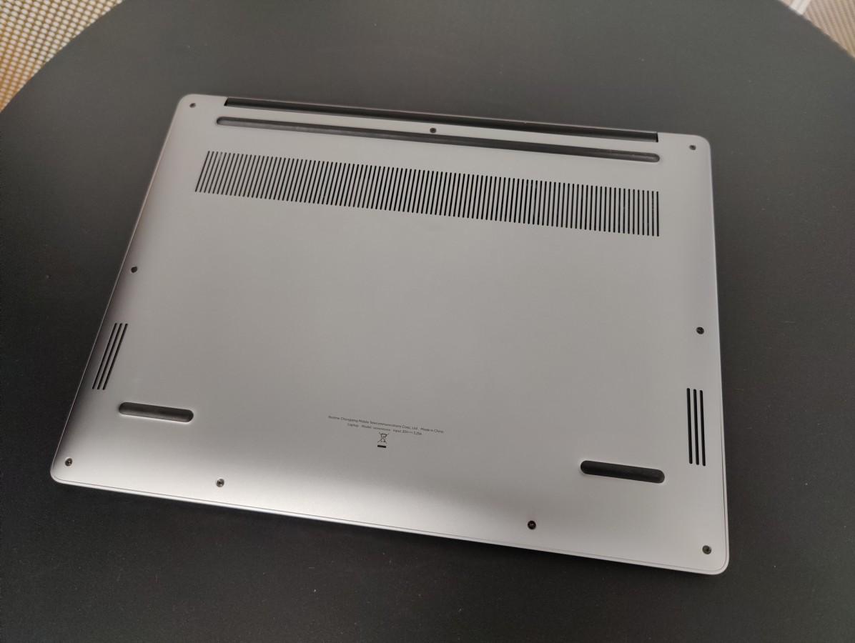 Sforum - Trang thông tin công nghệ mới nhất realme-book-3 Mẫu laptop Realme Book lần đầu lộ ảnh thực tế với thiết kế đẹp không kém gì MacBook