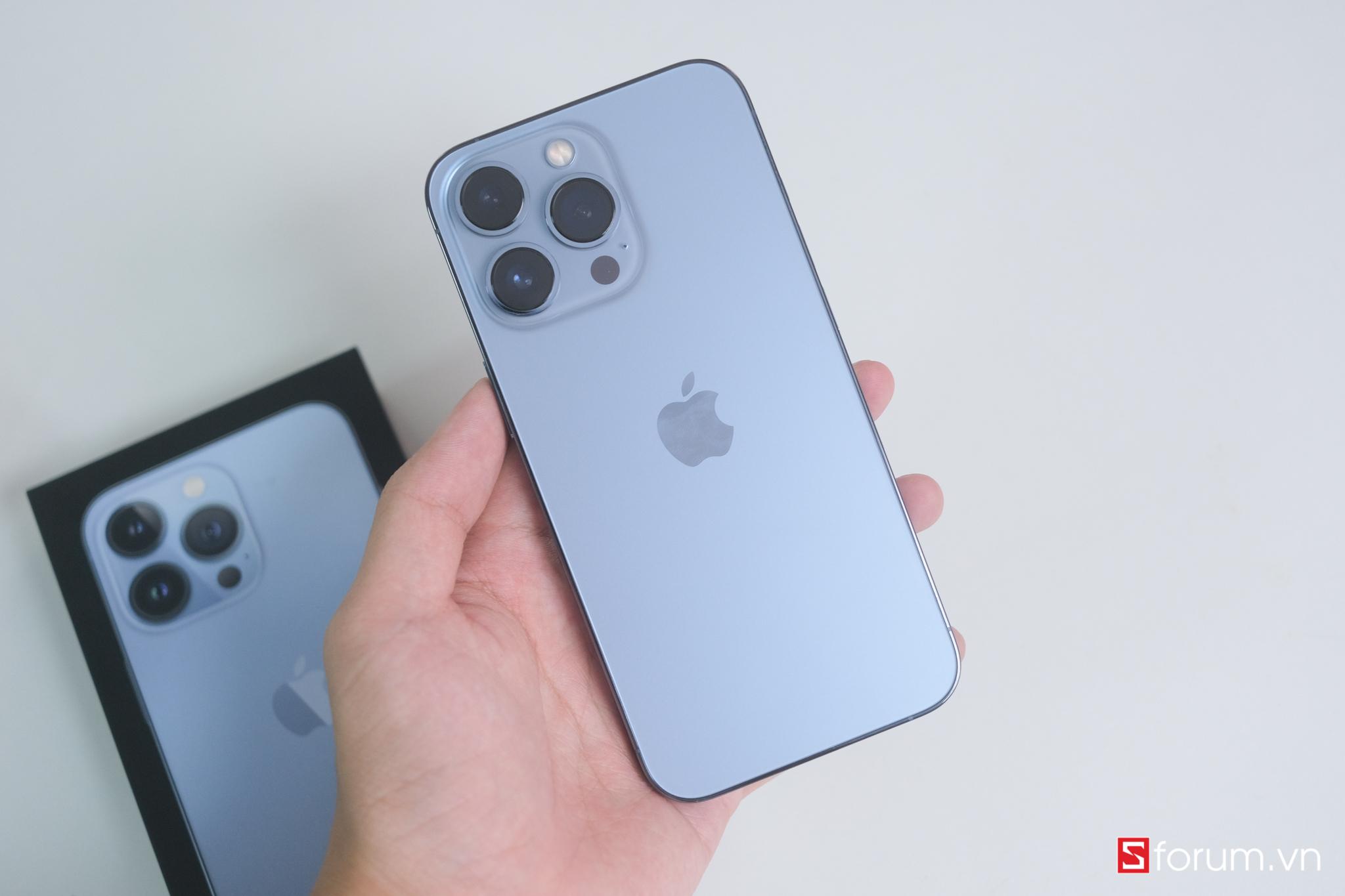 Sforum - Trang thông tin công nghệ mới nhất DSCF1172 Apple lãi gần một nửa cho mỗi chiếc iPhone 13 Pro được bán ra